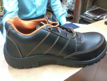 SAFEX DOUBLE SAFETY SHOES CHENNAI